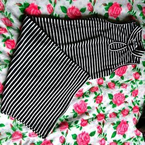 Keyhole midi bodycon dress